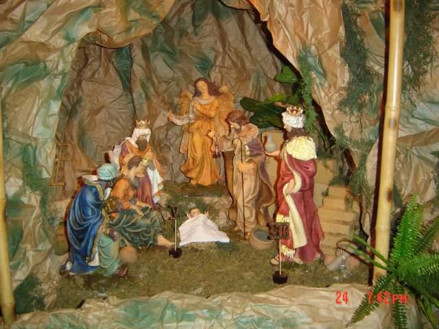 8-La Adoracion de Los Reyes. Belén de la Familia Jiménez Gómez (República Dominicana)