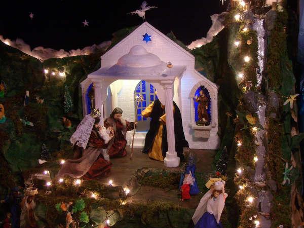 10 presentacion en el templo 01. Belén de la Familia Osegueda Zepeda (Ciudad Guatemala - Guatemala)