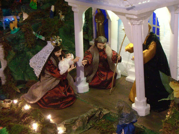 11 presentacion en el templo 02. Belén de la Familia Osegueda Zepeda (Ciudad Guatemala - Guatemala)