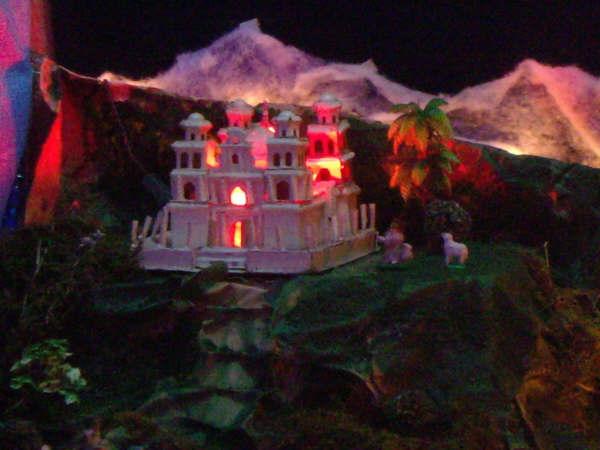 18 Templo de esquipulas 01. Belén de la Familia Osegueda Zepeda (Ciudad Guatemala - Guatemala)