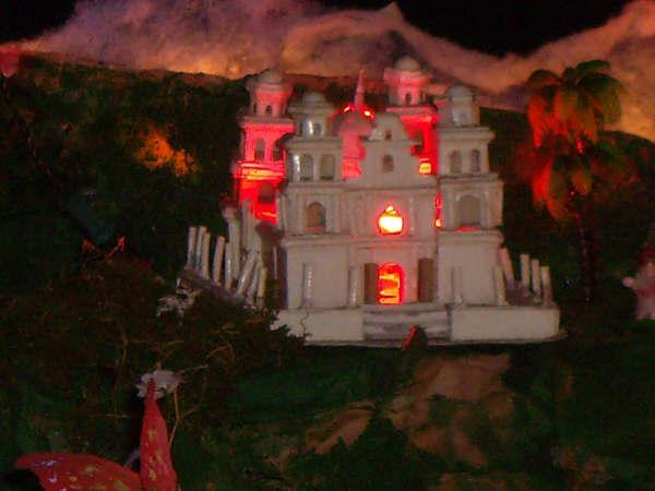 19 Templo de esquipulas 02. Belén de la Familia Osegueda Zepeda (Ciudad Guatemala - Guatemala)