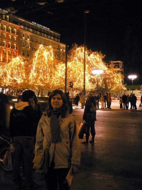 Arboles iluminados. Atenas (Grecia) (Atenas)