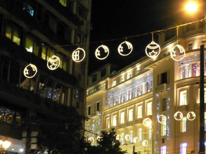 Bolas de Navidad en Atenas. Atenas (Grecia) (Atenas)
