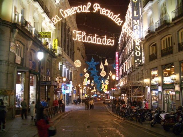 Felicidades_ en Arenal. Navidad 2004 en Madrid