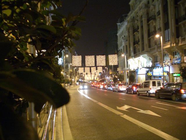 Parrillas de la Gran Via. Navidad 2004 en Madrid