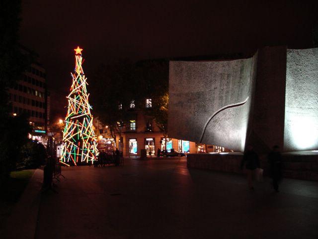 Arbol de Colon. Navidad 2005 en Madrid