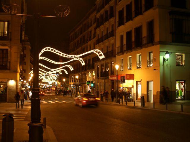 Mantas de luz 2. Navidad 2005 en Madrid