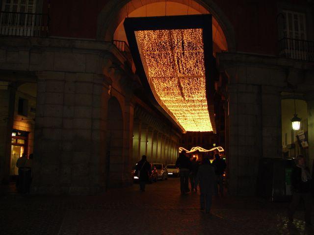 Mantas de luz 3. Navidad 2005 en Madrid