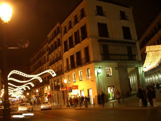 Mantas de luz. Navidad 2005 en Madrid