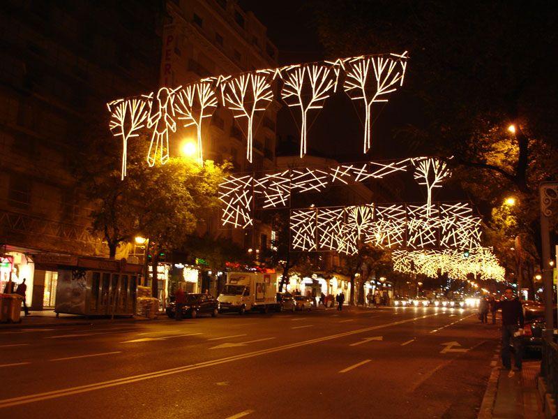 Arboles de dise_o. Navidad 2006 en Madrid