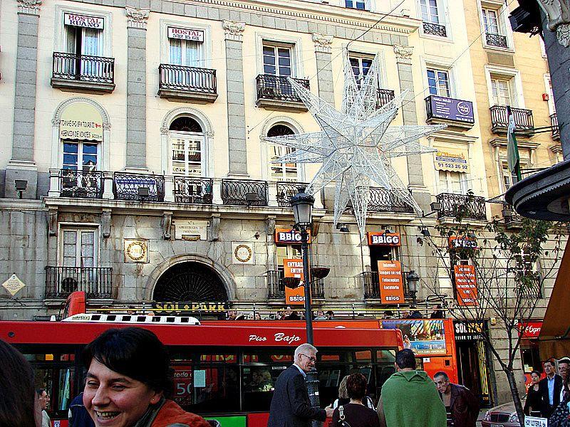 Estrellas en Sol. Navidad 2006 en Madrid