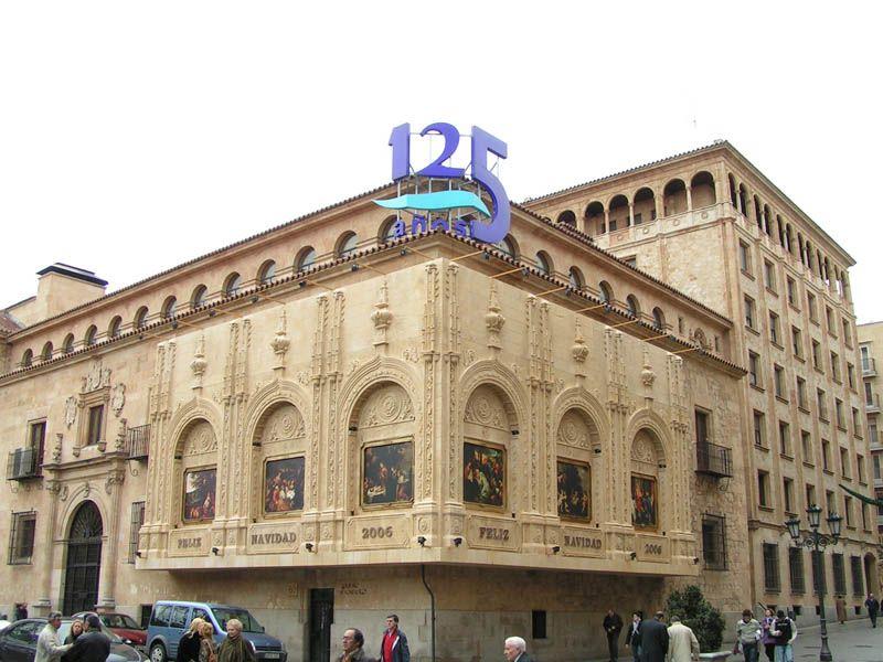 Sede_central_Caja_Duero_Dia. Salamanca (España)