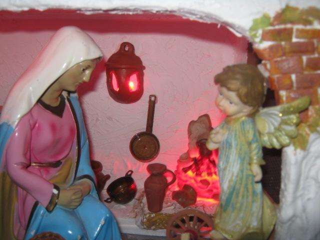 IAngel Gabriel y Virgen María. Belén de Zucy de Pelle (Huehuetenango)
