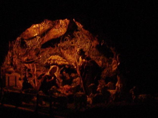 La cueva del Nacimiento. Belén de Mauricio O. (Guatemala)