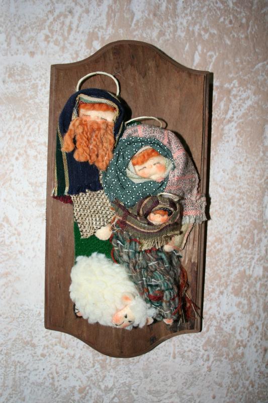 100 Nacimiento elaborado en trapos sobre madera. Belén de Maritza Bravo