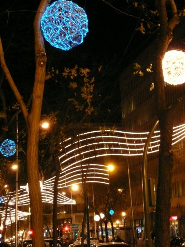 Iluminación de Ortega y Gasset. Navidad 2008 en Madrid