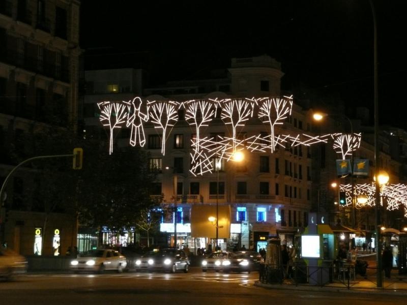 Luces de Navidad otoñales. Navidad 2008 en Madrid