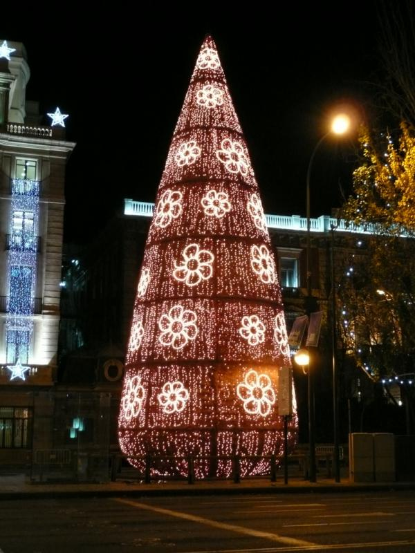 Árbol navideño de Colón. Navidad 2008 en Madrid