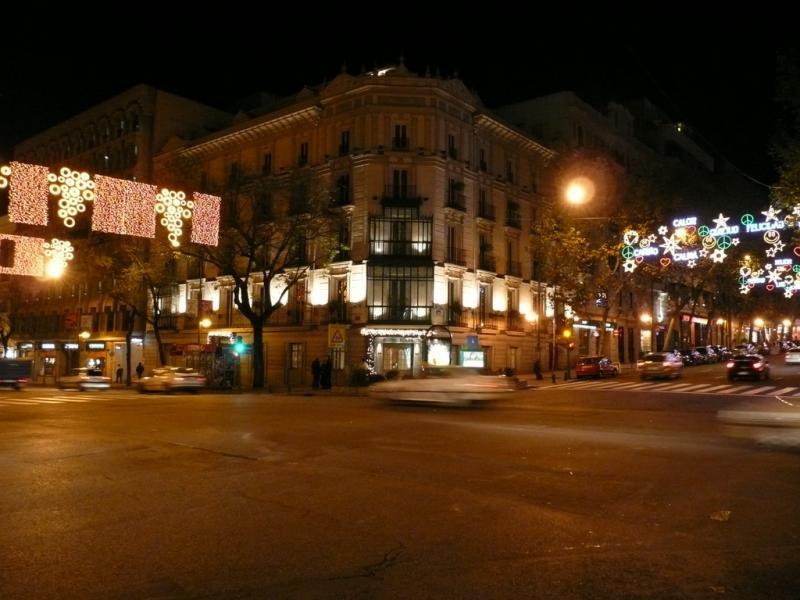 Confluencia de luces. Navidad 2008 en Madrid