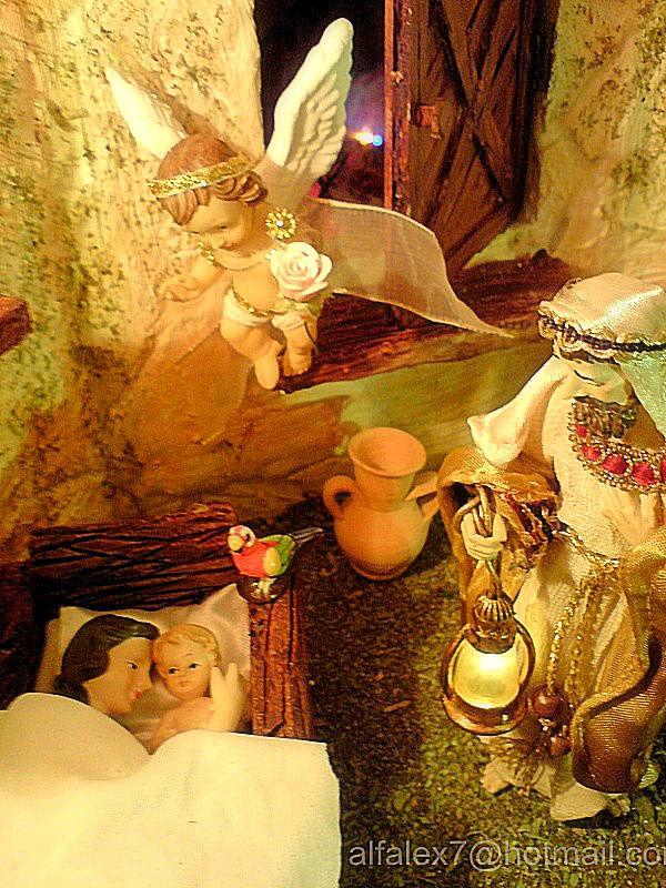 Maria, el Niño, José y el Angel. Belén de Alfredo Alexander Flores Juliac (Cumaná)