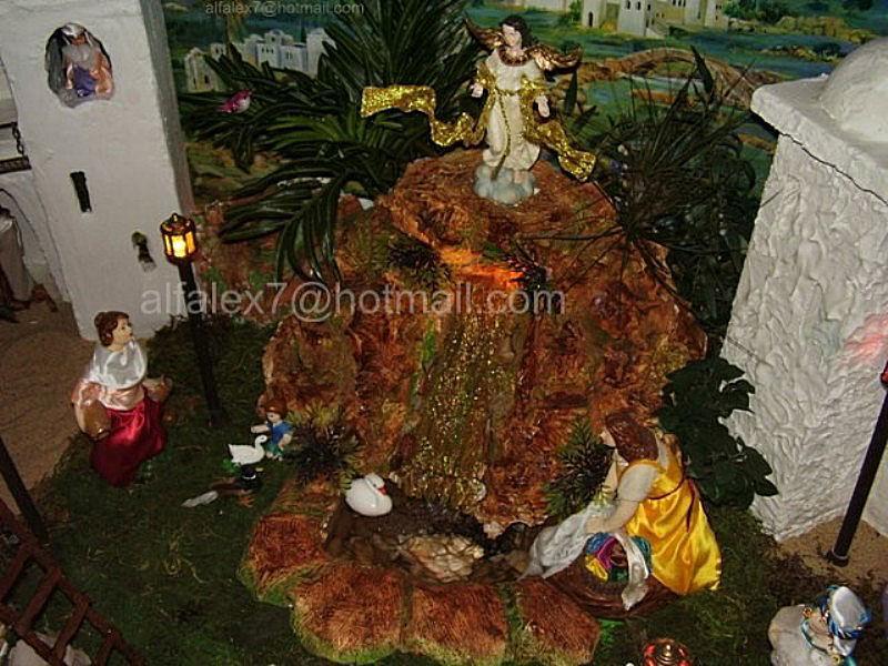 El angel y la cascada. Belén de Alfredo Alexander Flores Juliac (Cumaná)