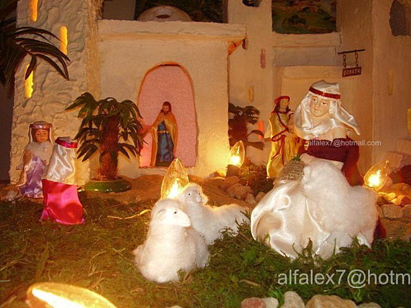 viejita con ovejas. Belén de Alfredo Alexander Flores Juliac (Cumaná)