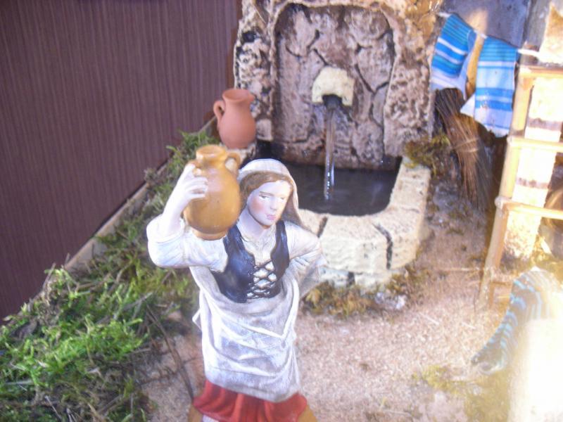 mujer en la fuente. Belén de Ana Sanchis