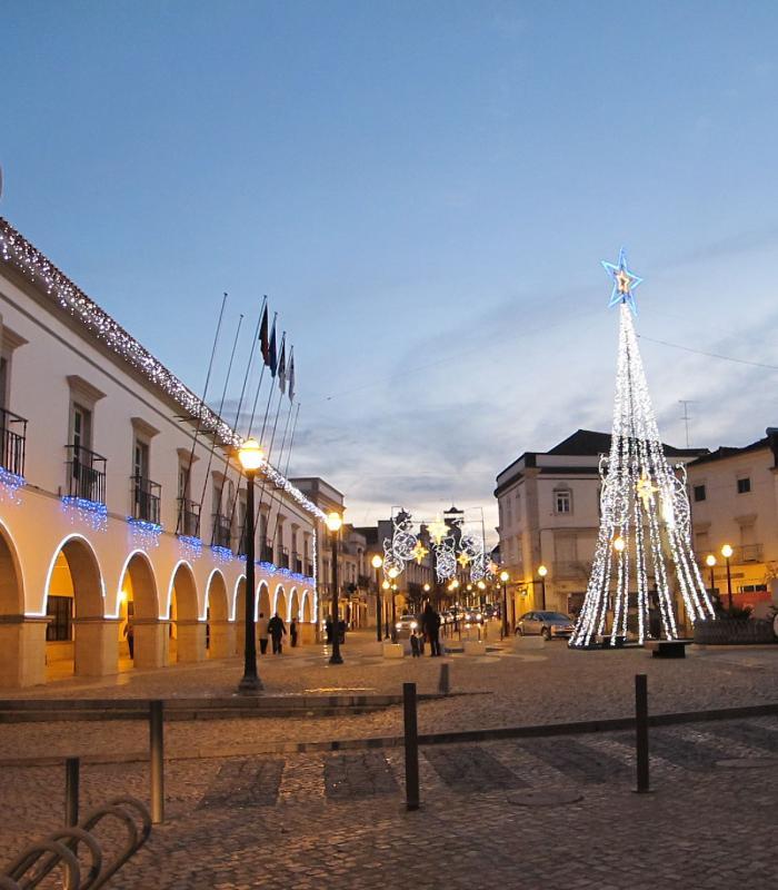Tavira, Câmara  Municipal y Praça da República.