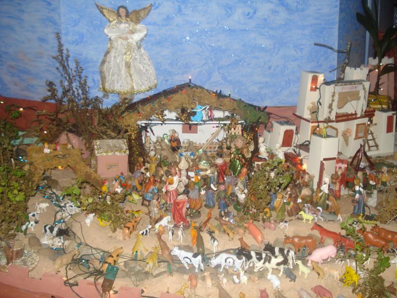 El Pueblo adorando al Niño Jesús. Belén de carlos alberto jaramillo (Coclé - Panamá)