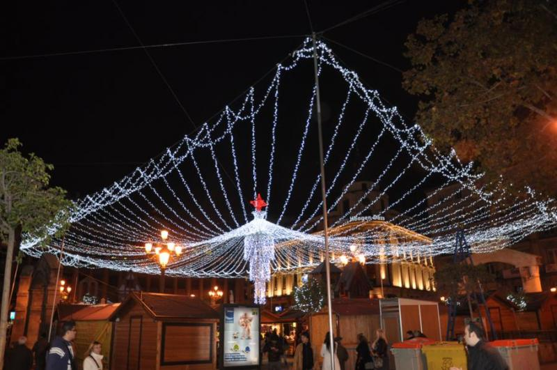 Plaza Jacinto Benavente. Navidad 2009 en Madrid