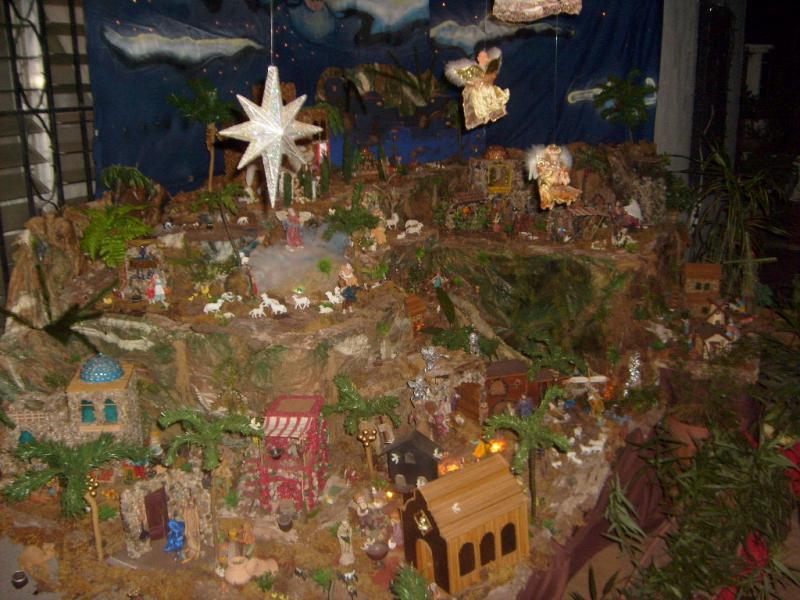 Vista Lateral del Belén, Estrella Radiante. Belén de Cristhian Castrejón (David, Chiriquí)
