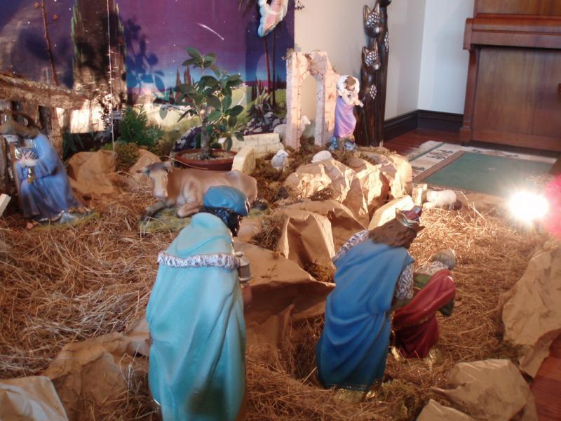Reyes Magos descendiendo. Belén de Esteban Madrigal (Tres Rios)