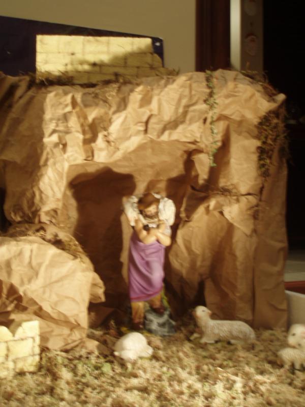 Pastor cuida de sus ovejas. Belén de Esteban Madrigal (San José)