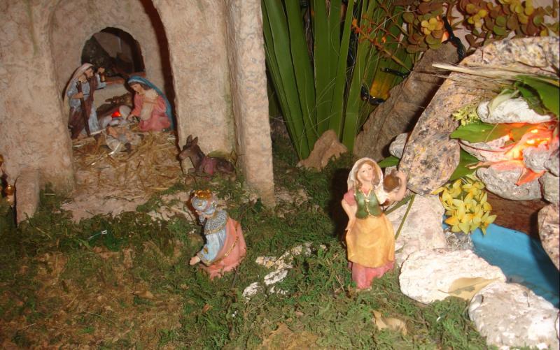 nacimiento, Rey Melchor y pastora. Belén de julia (Andalucia)