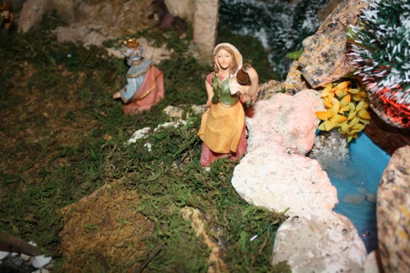 pastora en la cascada. Belén de julia (Andalucia)