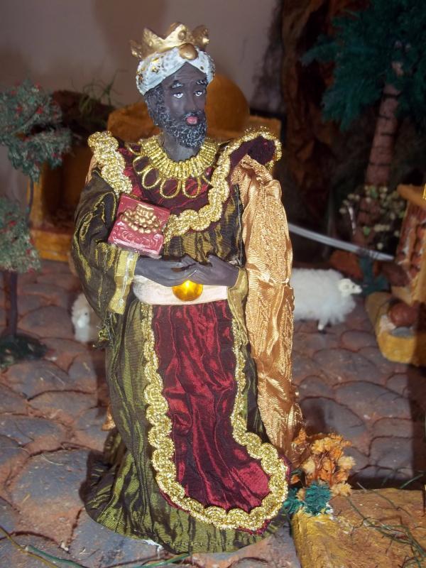 El Rey mago subiendo hacia el portal. Belén de Solarte Mauricio (El Tambo Cauca)