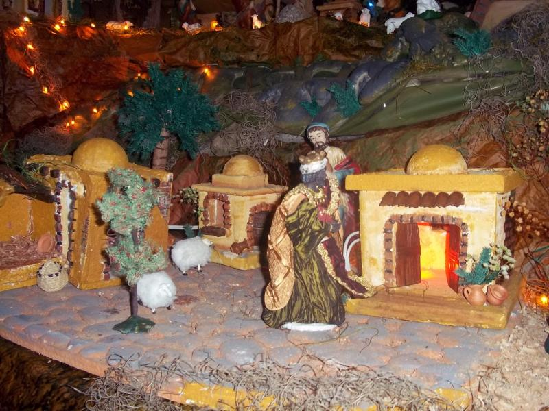 Un rey en su camino hacia el portal. Belén de Solarte Mauricio (El Tambo Cauca)