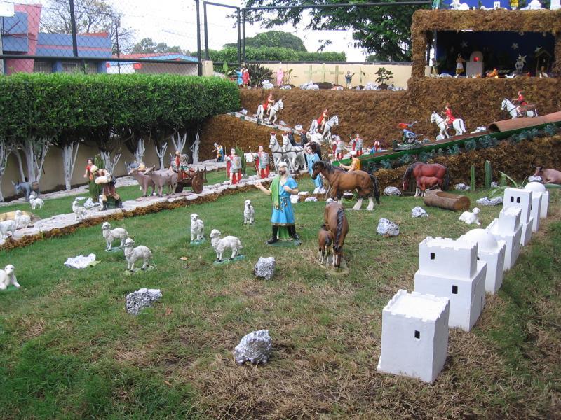 Un plano a ras.. Belén de Moises Absalon Pastora (Nicaragua)