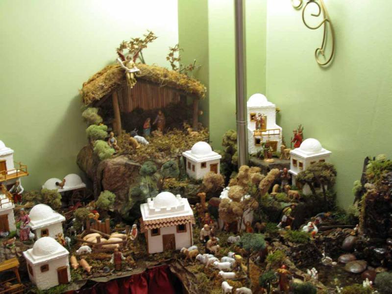 vista de la aldea junto ala cima del nacimiento de jesus. Belén de Jorge (New York)