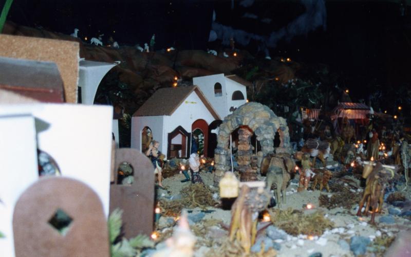 El Nacimiento  2001. Belén de Fernando (Trujillo Alto, Puerto Rico)