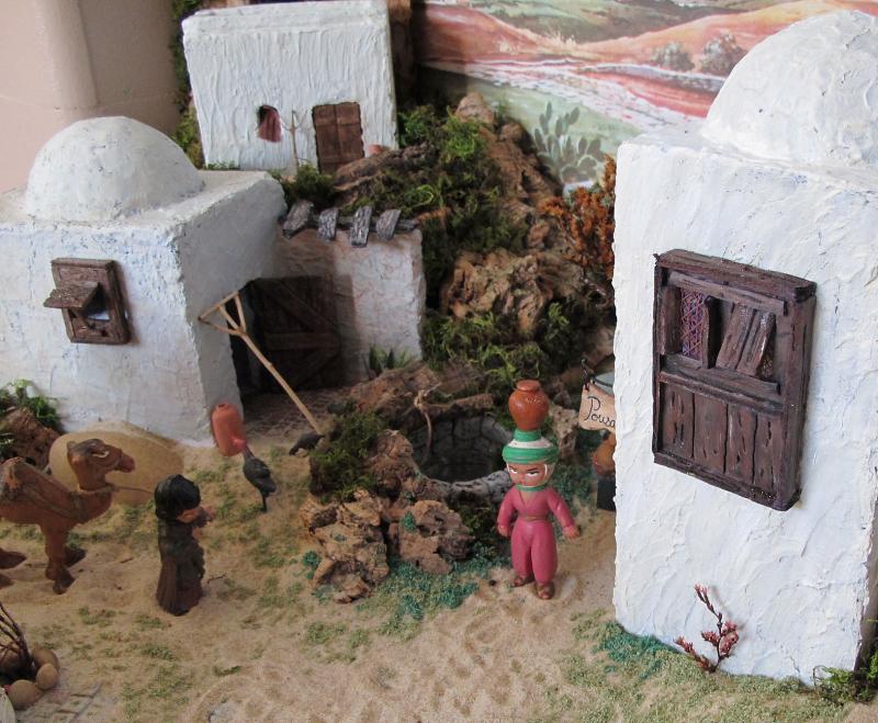 Casas e Poço. Belén de Associação Cultural Fusetense (Fuseta, Algarve)